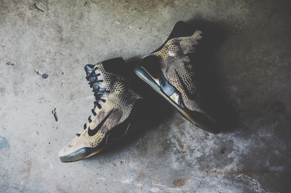 Nike Kobe 9 High EXT Black Black 2 1000x666
