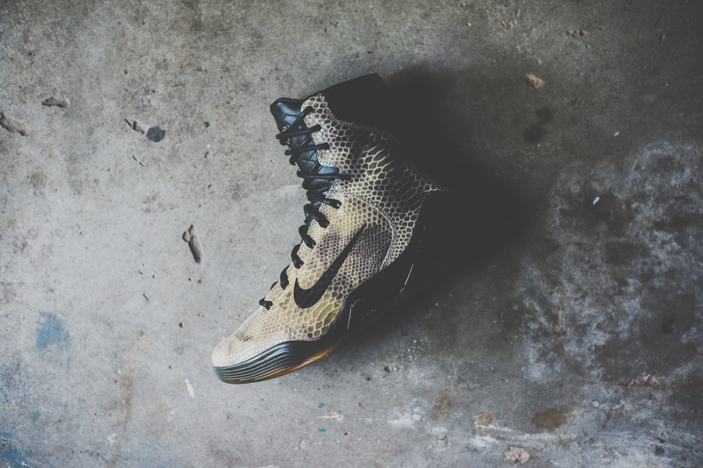 Nike Kobe 9 High EXT Black Black 3 1000x666
