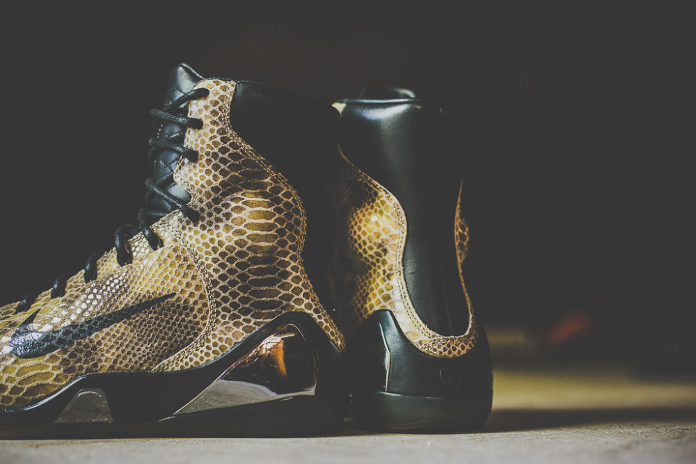 Nike Kobe 9 High EXT Black Black 4 1000x667