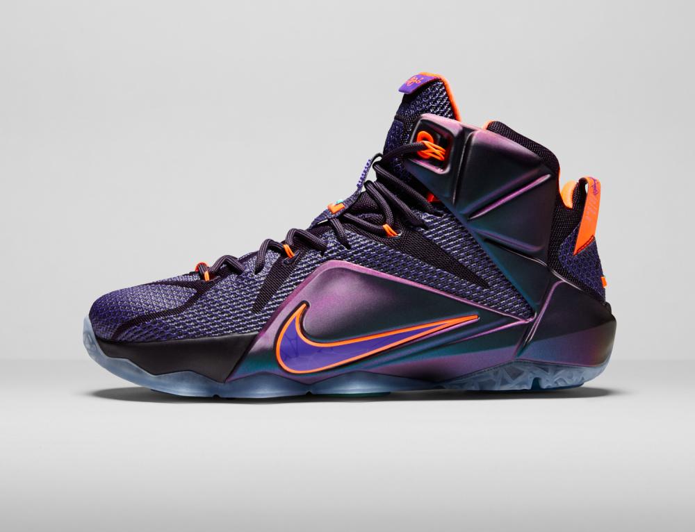 Nike LeBron 12 Personifizierte Leistung 15 1000x766