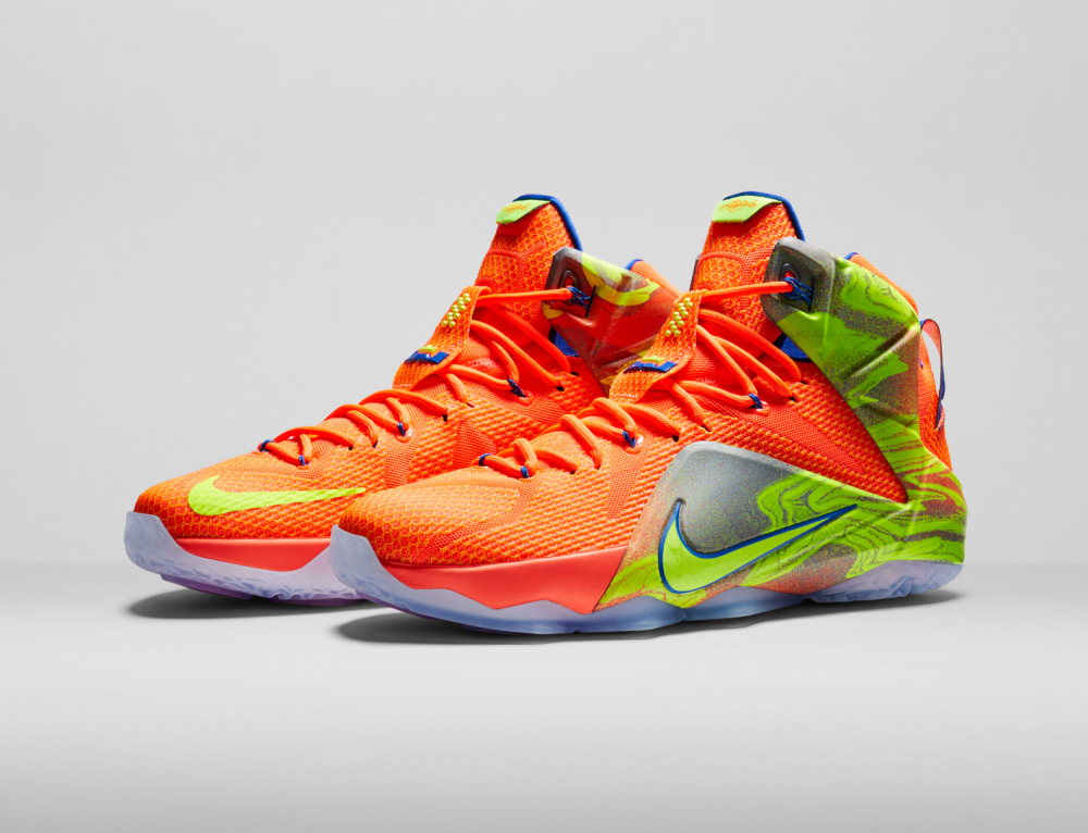 Nike LeBron 12 Personifizierte Leistung 16 1000x766