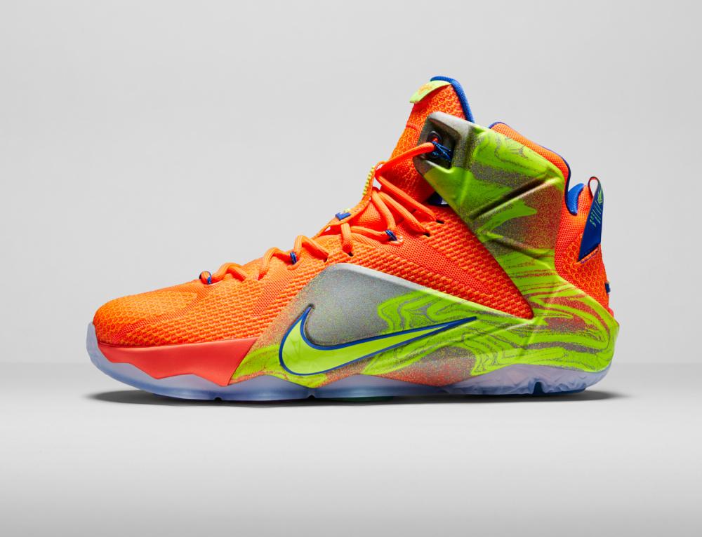 Nike LeBron 12 Personifizierte Leistung 22 1000x766