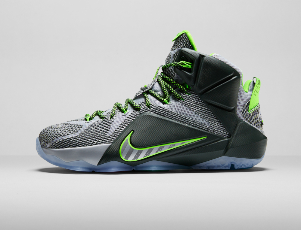 Nike LeBron 12 Personifizierte Leistung 8 1000x766