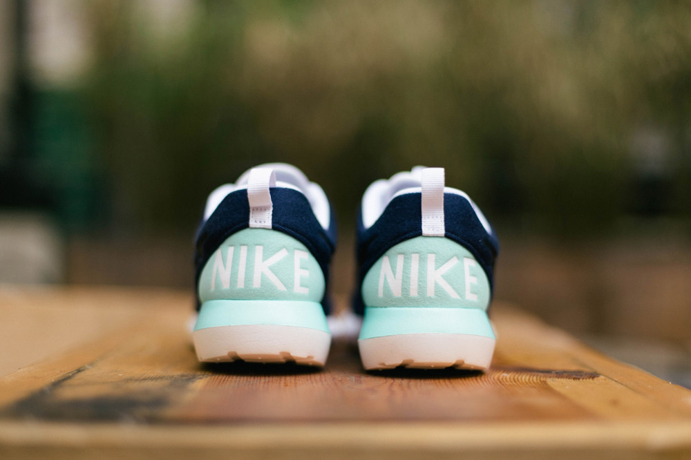 Nike Roshe Run NM W Navy Mint 2 1000x666
