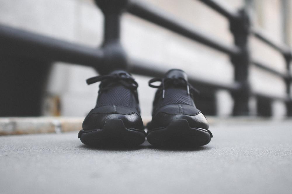 adidas Y 3 Qasa Racer Triple Black 3 1000x664
