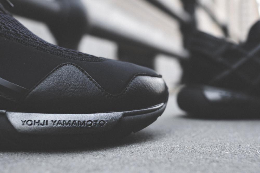 adidas Y 3 Qasa Racer Triple Black 6 1000x664