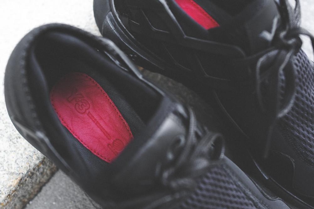 adidas Y 3 Qasa Racer Triple Black 8 1000x664