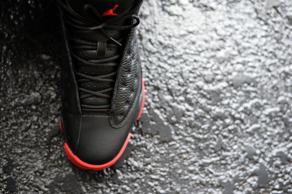 Air Jordan 13 Retro Black Gym Red 10 1000x667