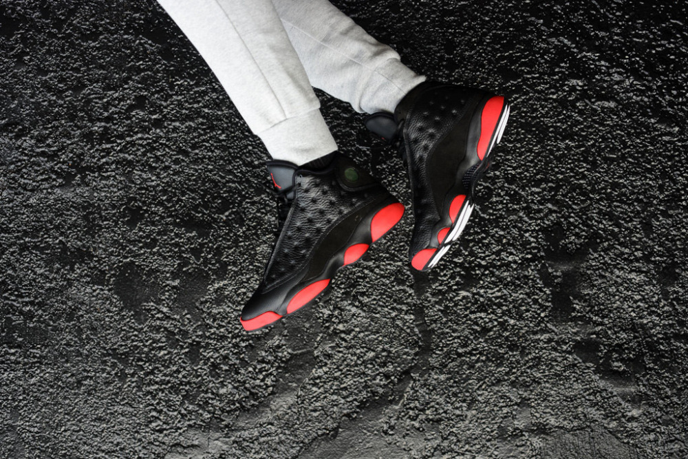 Air Jordan 13 Retro Black Gym Red 2 1000x667