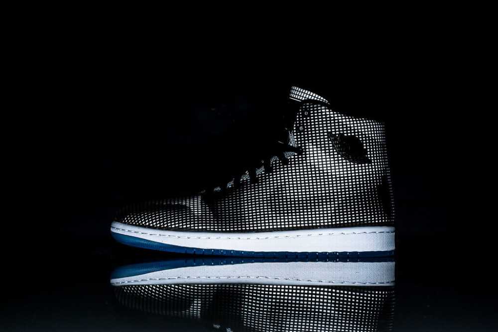 Air Jordan 4LAB1 Black Reflect Silver 1 1000x666