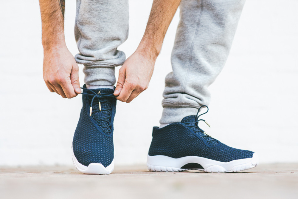 Air Jordan Future Midnight Navy 3 1000x667