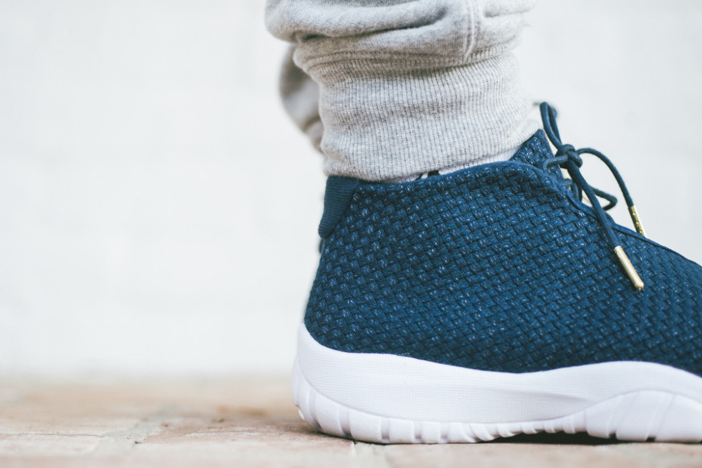 Air Jordan Future Midnight Navy 5 1000x666