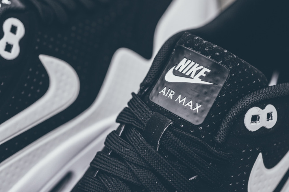 Nike Air Max 1 Ultra Moire Black White 5 1000x667