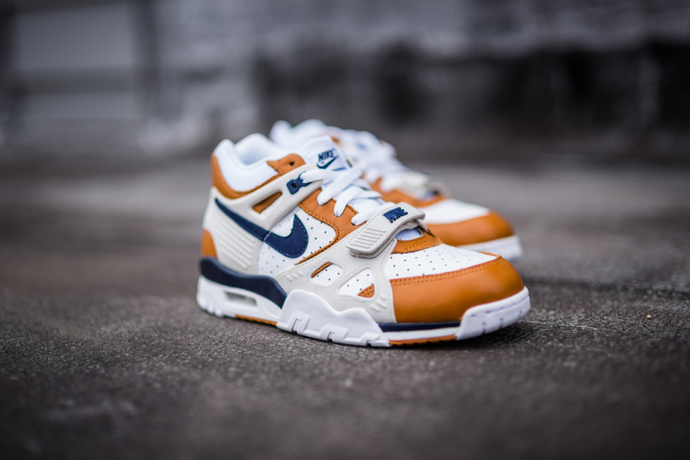Nike Air Trainer 3 PRM Medicine Ball 2 1000x666