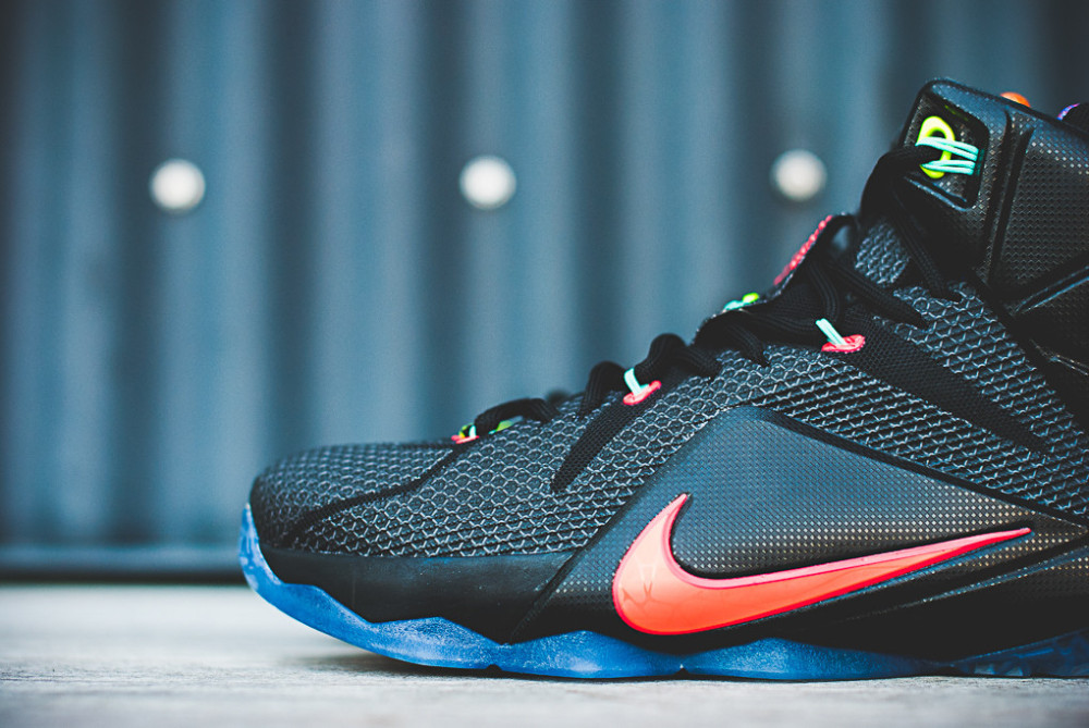 Nike LeBron 12 Data 8 1000x669