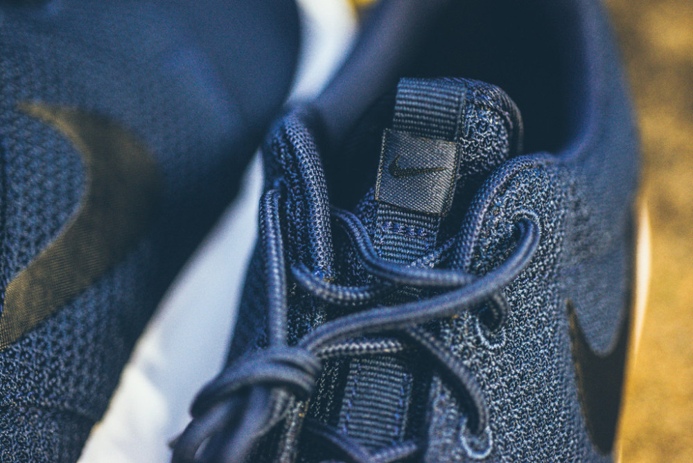 Nike Roshe Run Midnight Navy 5 1000x668
