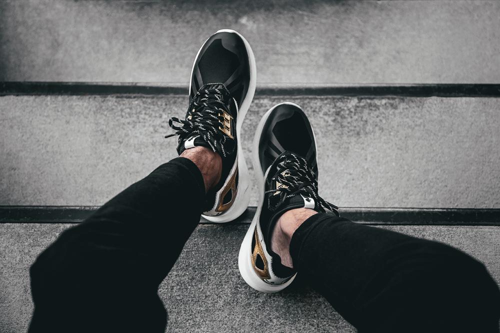 adidas Originals Tubular Runner Black Gold 4 1000x666