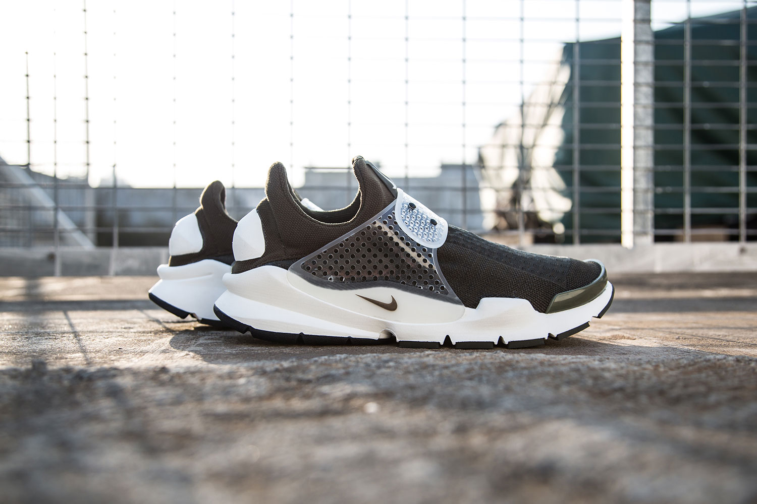 fragment design x Nike Sock Dart Dark Loden 1