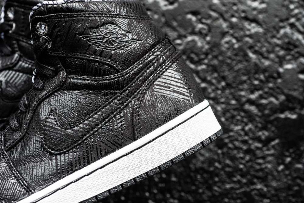 Air Jordan 1 Retro Hi BHM Black History Month 2 1000x667