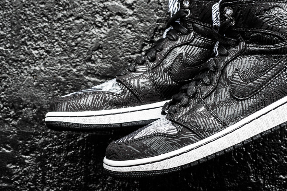 Air Jordan 1 Retro Hi BHM Black History Month 3 1000x667