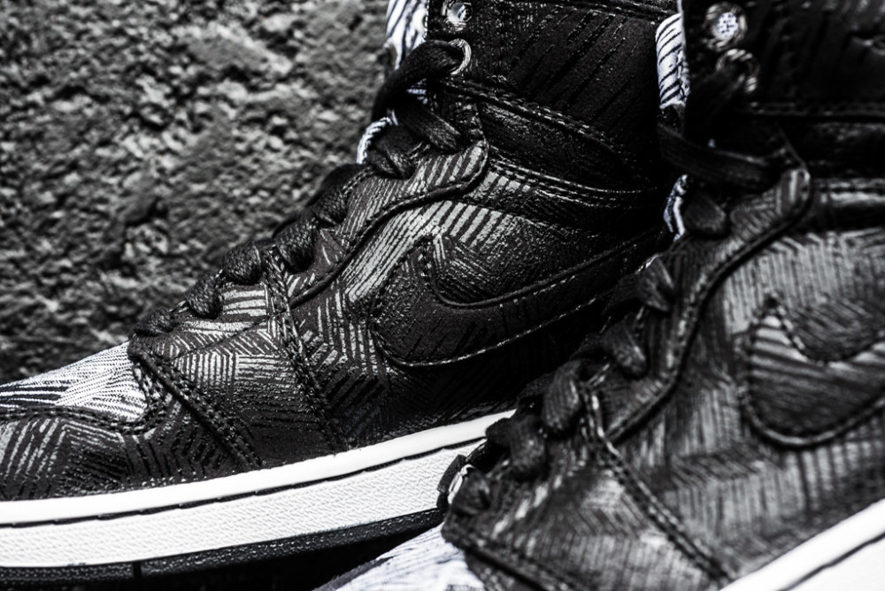 Air Jordan 1 Retro Hi BHM Black History Month 4 1000x668