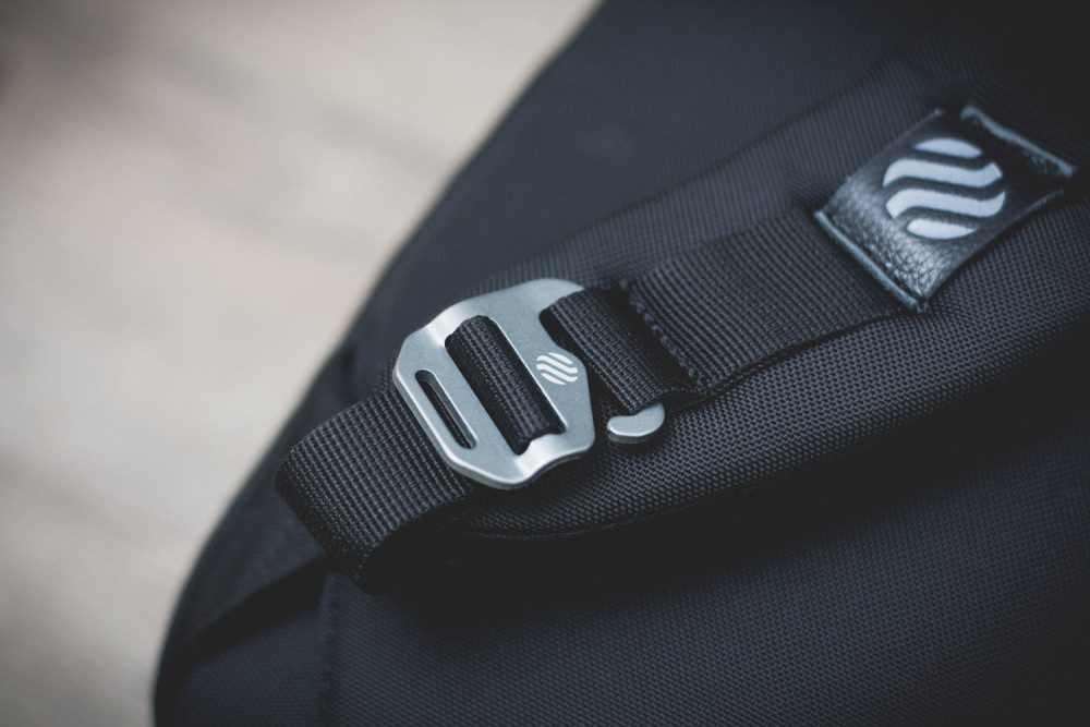Heimplanet Daypack Monolith Black Review 2 1000x667