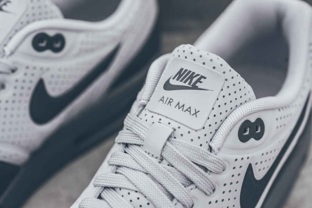Nike Air Max 1 Ultra Moire Neutral Grey Dark Grey 2 1000x668