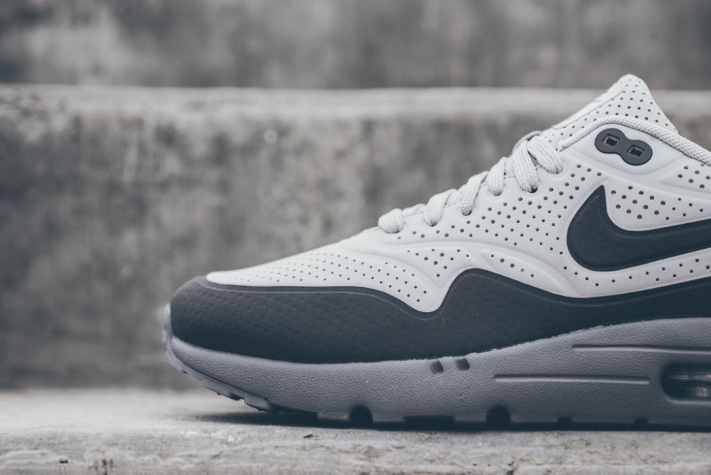 Nike Air Max 1 Ultra Moire Neutral Grey Dark Grey 5 1000x668