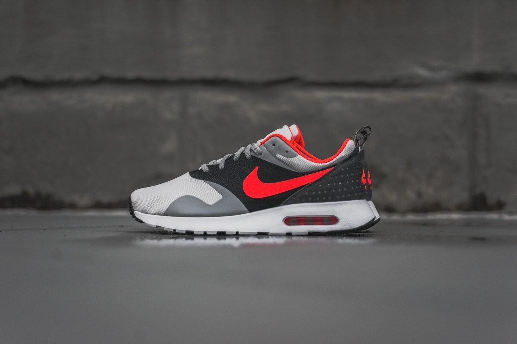Nike Air Max Tavas Grey Bright Crimson 1