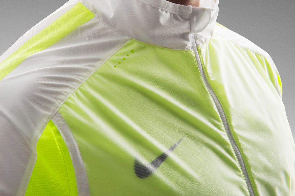 Nike Revolution Trainingsjacke 6 1000x667