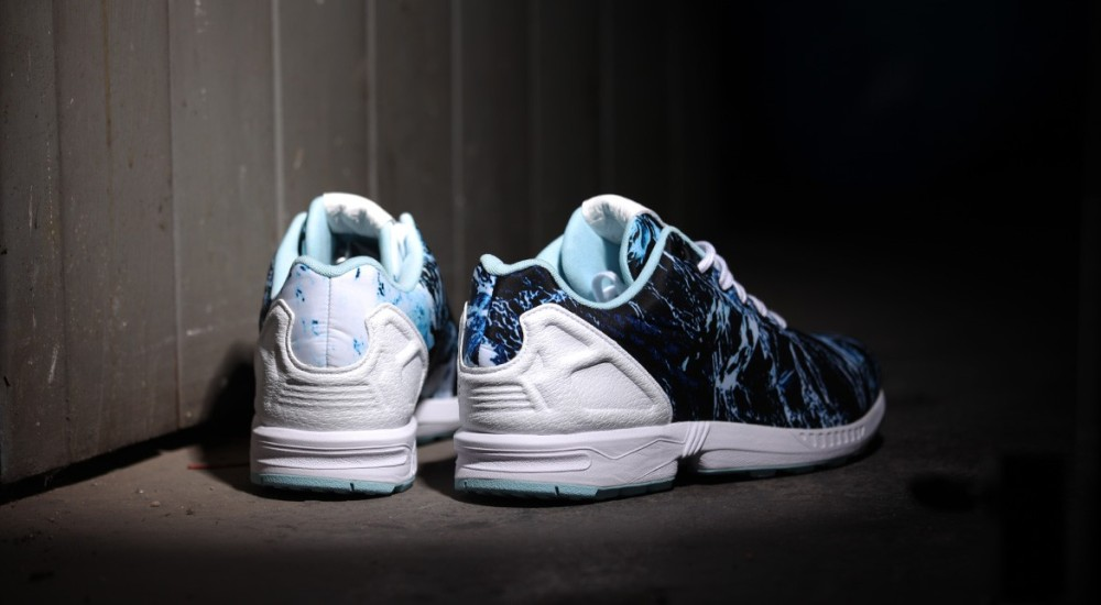 adidas Originals ZX FLUX Waves 3 1000x550