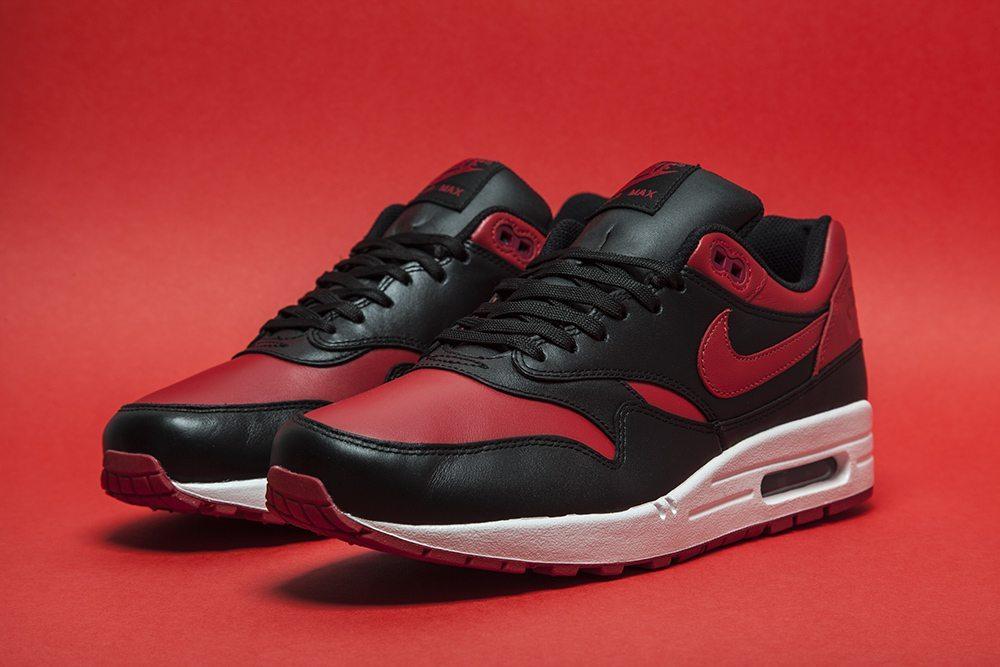 Nike Air Max 1 Valentines 1