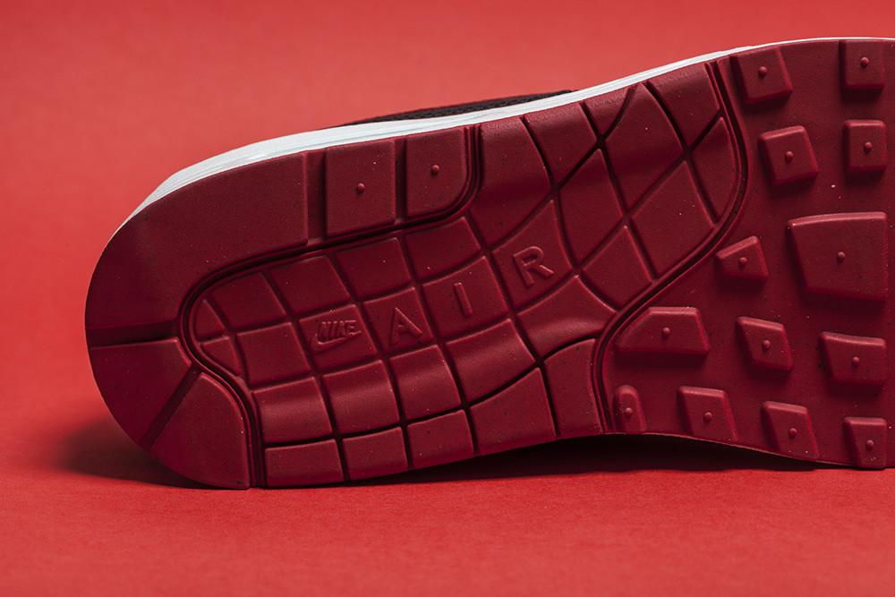 Nike Air Max 1 Valentines 5 1000x667