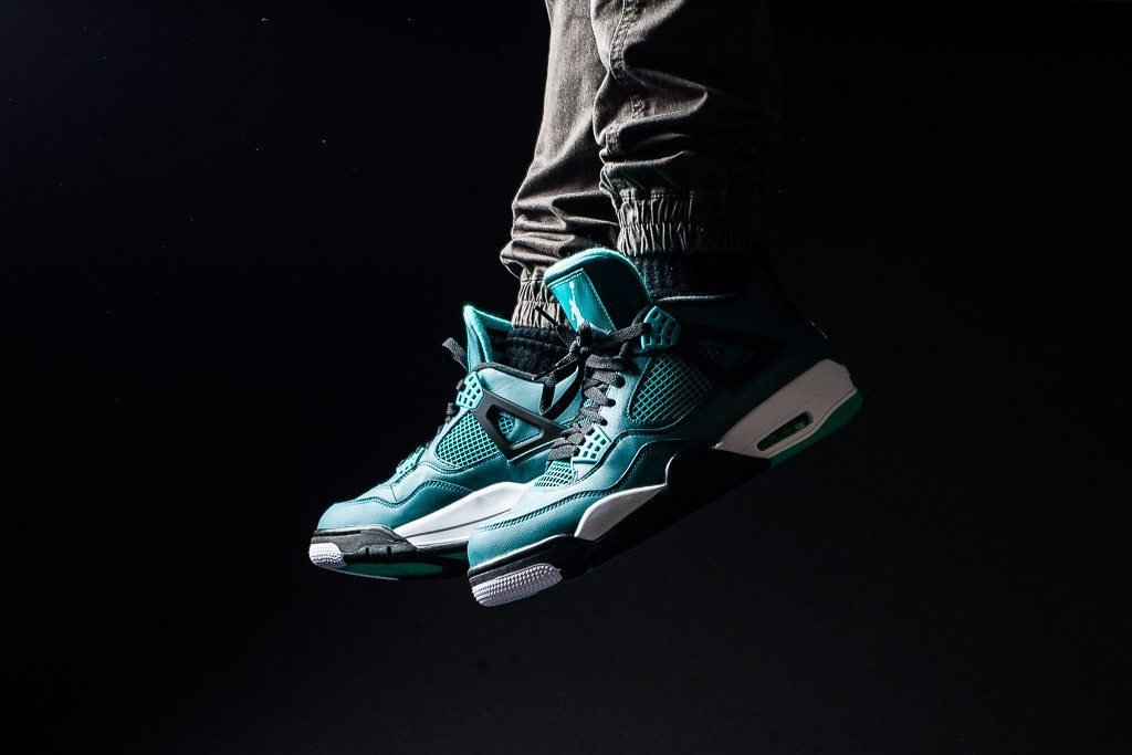 Air Jordan 4 Retro Teal 1