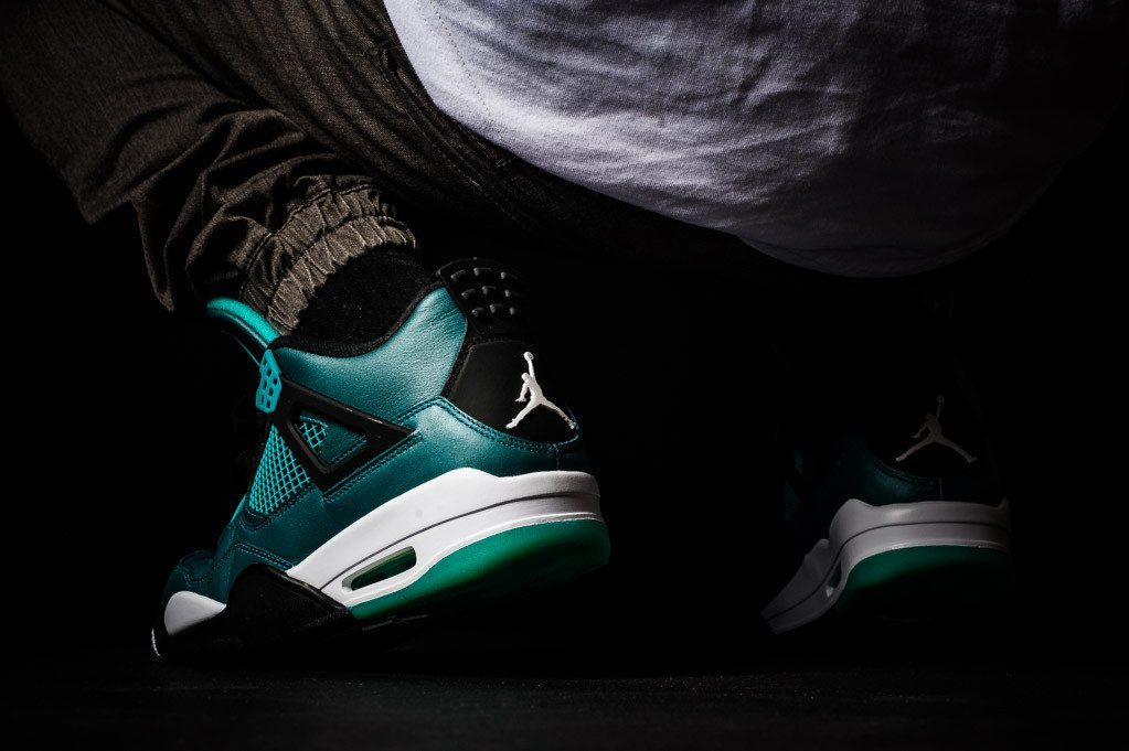Air Jordan 4 Retro Teal 2