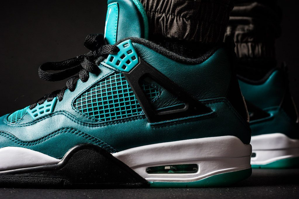 Air Jordan 4 Retro Teal 4