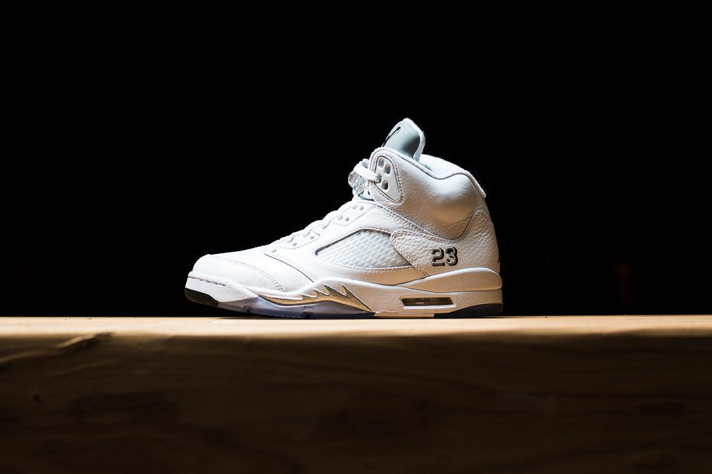 Air Jordan 5 Retro Metallic Silver 1