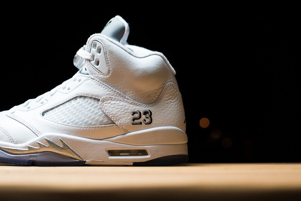 Air Jordan 5 Retro Metallic Silver 2