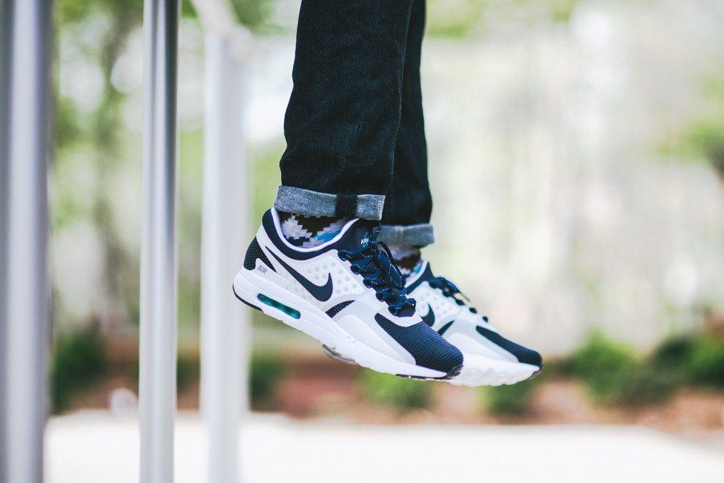 Nike Air Max Zero 12