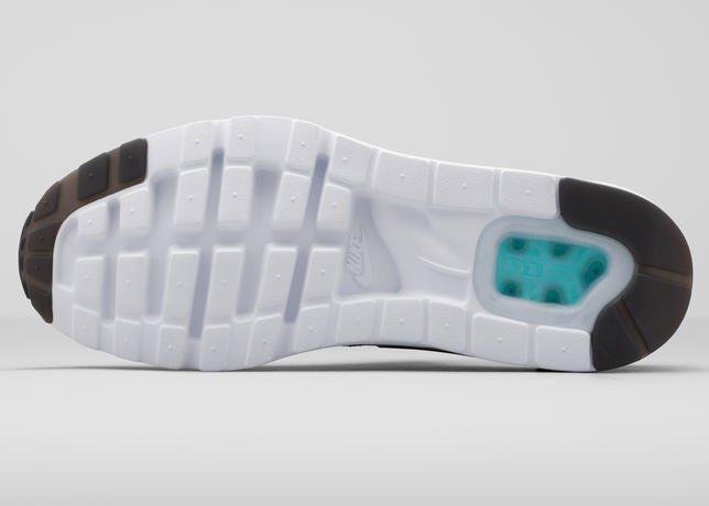 Nike Air Max Zero 4