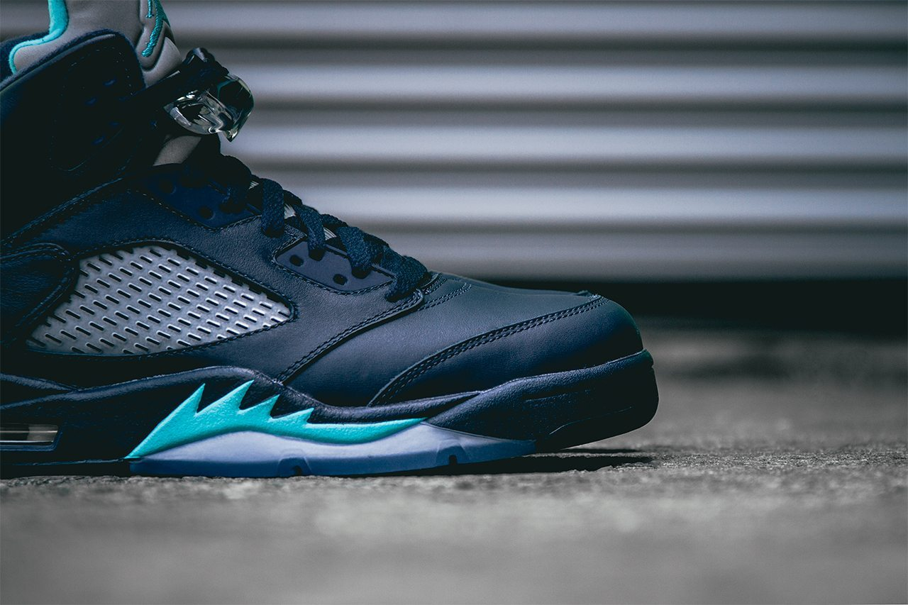 Air Jordan 5 Retro Midnight Navy 3