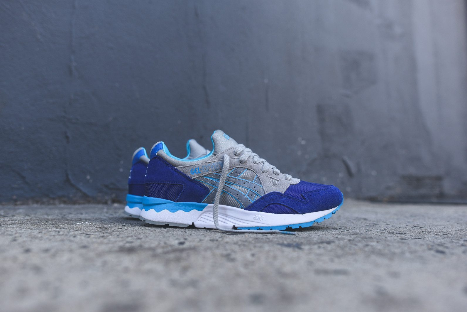 Asics Gel Lyte V Dark Blue Light Grey 1