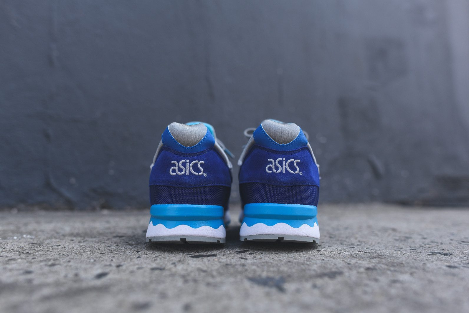 Asics Gel Lyte V Dark Blue Light Grey 4