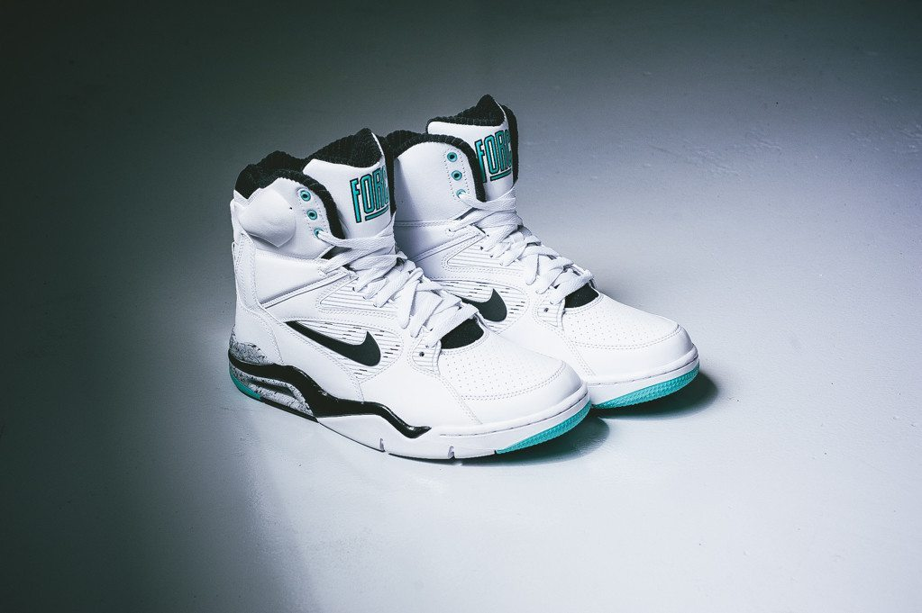 Nike Air Command Force White Wolf Grey 1