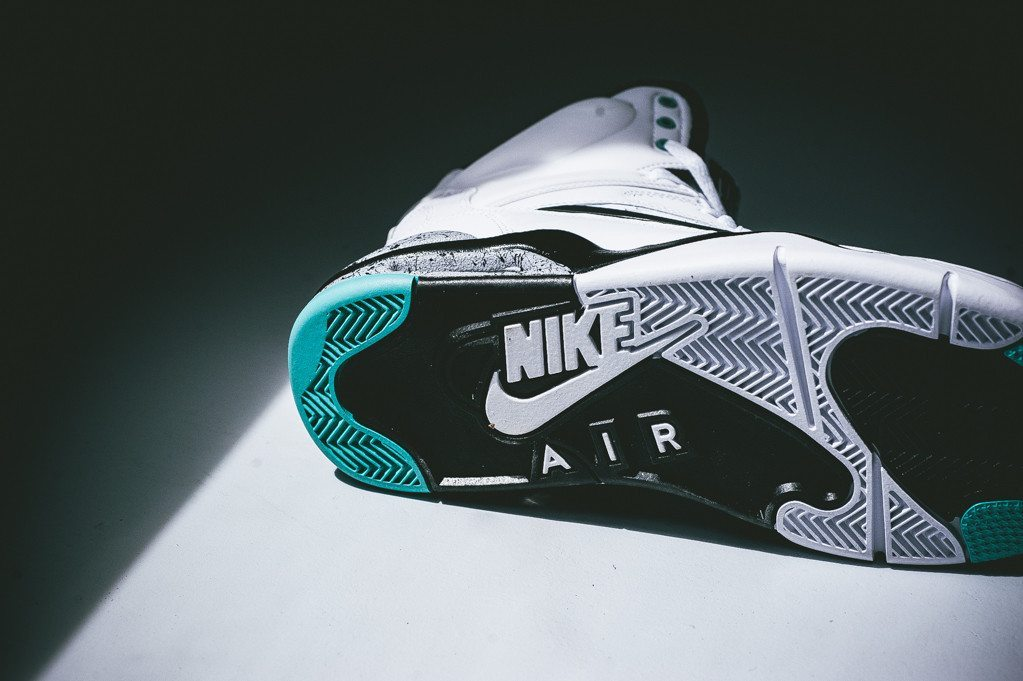 Nike Air Command Force White Wolf Grey 3
