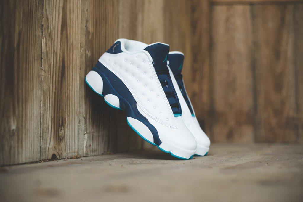 Nike Air Jordan 13 Retro Low Hornets 1