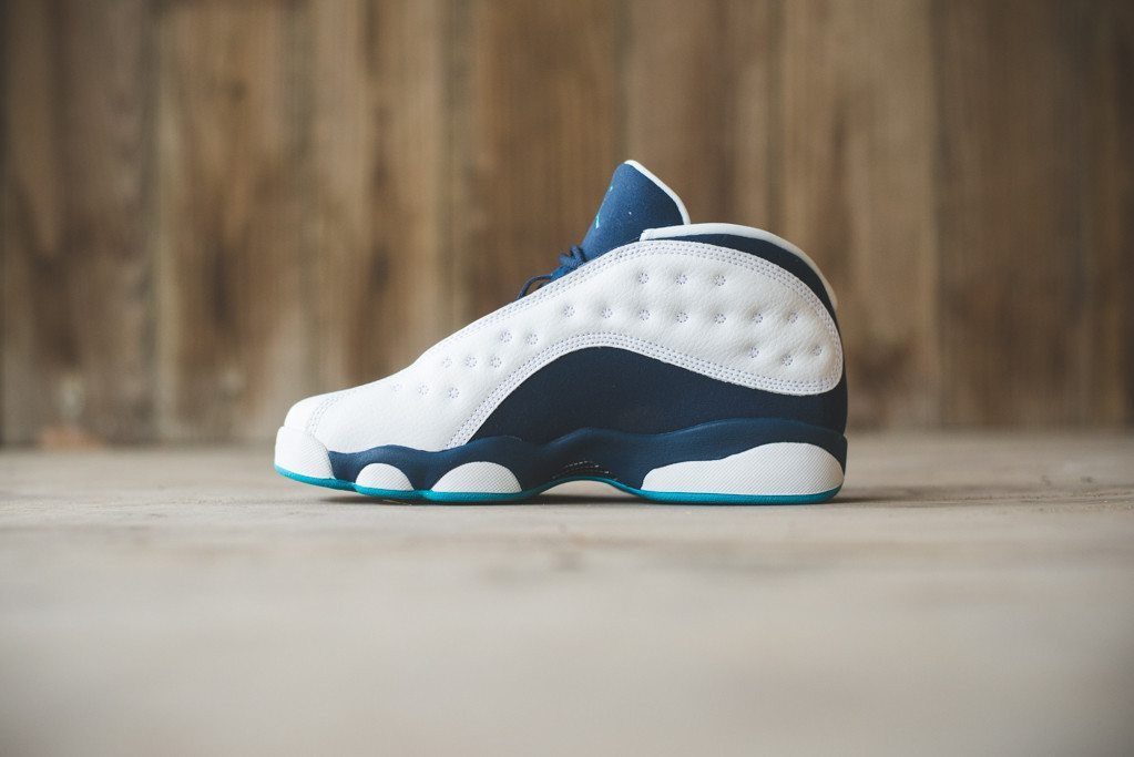 Nike Air Jordan 13 Retro Low Hornets 5