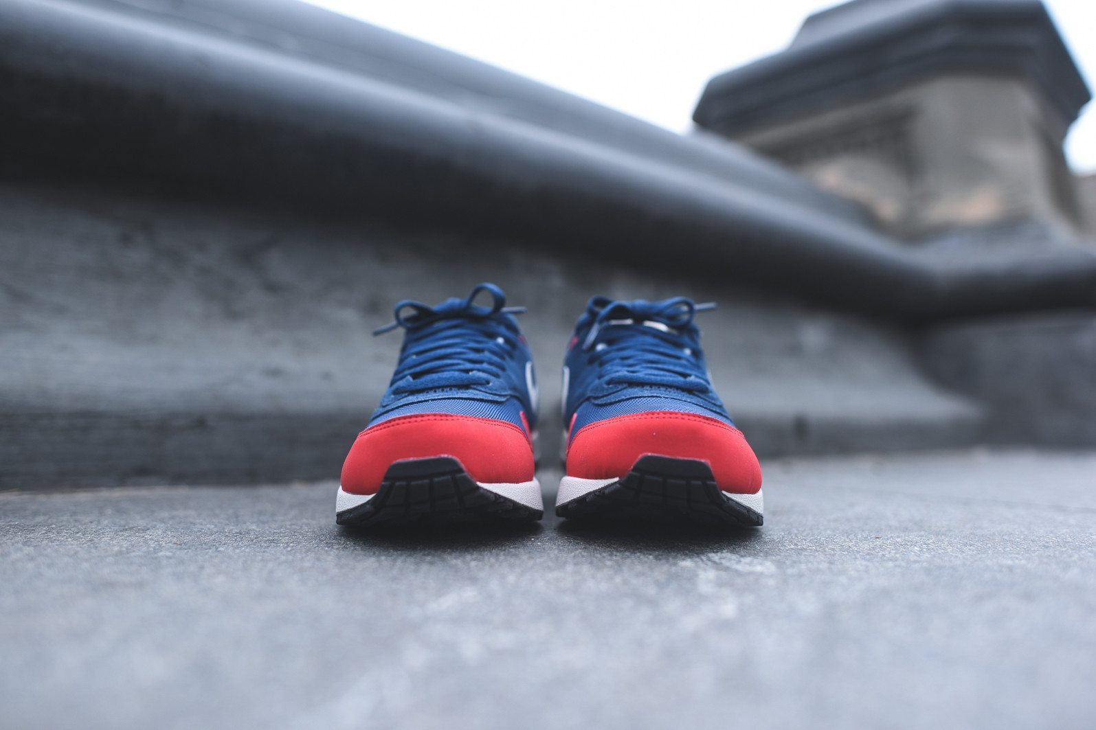 Nike Air Max 1 Essential Midnight Navy University Red 4