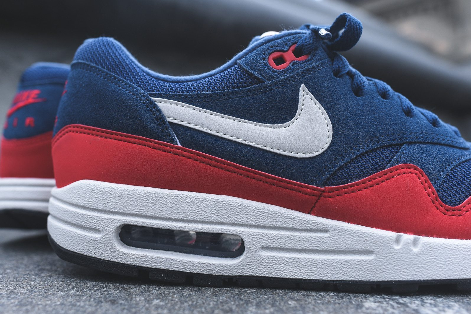 Nike Air Max 1 Essential Midnight Navy University Red 7