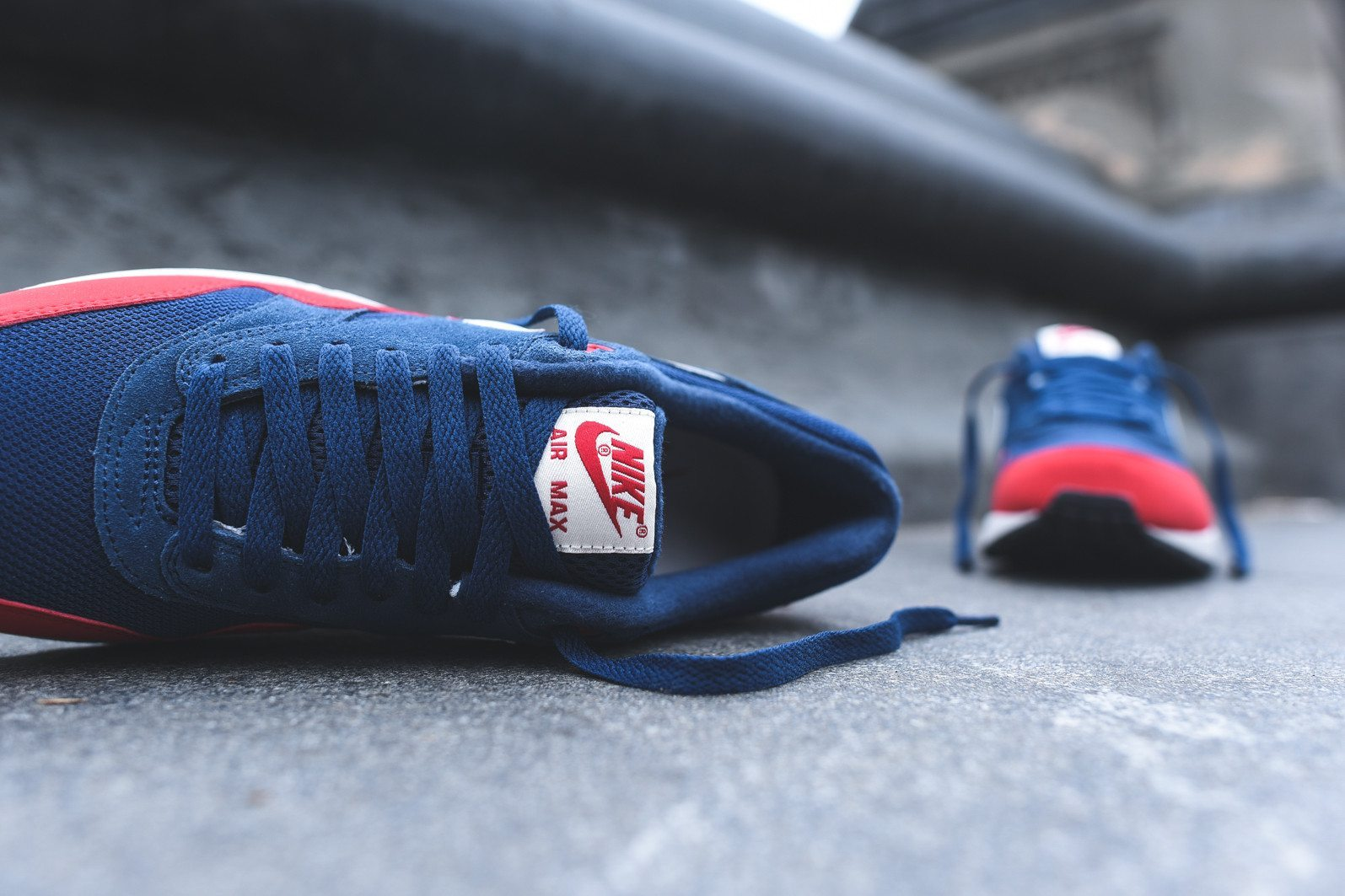 Nike Air Max 1 Essential Midnight Navy University Red 8